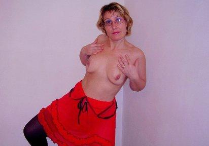 Die süsse Fanny - zeigefreudig Unterwaesche hauteng rassig High-Heels erotisch - Überaus zeigefreudig präsentiere ich mich liebend gerne in sexy Unterwäsche