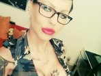 Hausfrauen Shows - Heisses Ger�t auf amateurgirls-live-livegirls.com
