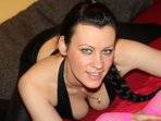 Suesse Charlyn - Lotion, High Heels, Sklave gesucht