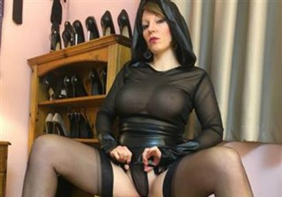 Omasex  Dirty  - NYLON MISTRESS erwartet Dich ;-)!!