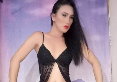 HI HUN WELCOME HERE INJOY - Bilder von LadyboyAthena
